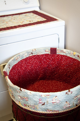 Thimbleanna » Laundry Basket Liner